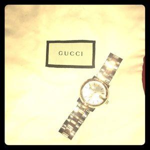 Men's Gucci watch